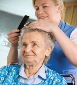 personal-care_old-woman